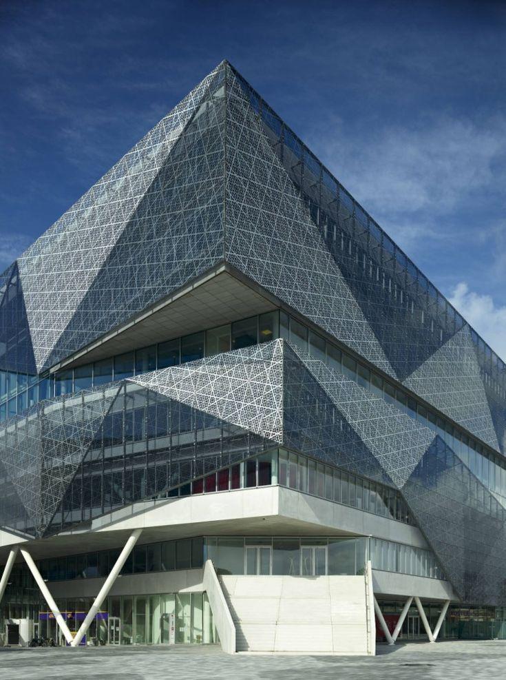 ✮ Nieuwegein City Hall, Utrecht, The Netherlands: Architecture Wonder, Cities Hall, Modern Architecture, The Cities, Culture Center, Installations Architecture, Architecture Ideas, Amazing Architecture, 3Xn Architects
