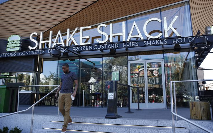 The  In-N-Out  vs. Shake Shack burger rivalry is heating up. (Those from SoCal know the true winner.) Shake Shack, the New York City-originated burger chain plans to open a location in downtown L.A,  DTLA Rising reported .