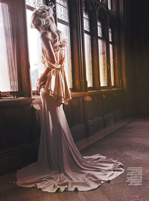 Lydia Hearst by Gomillion & Leupold for L'Officiel Brazil