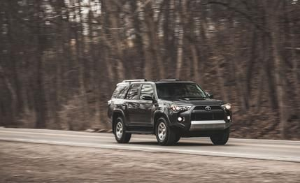2014 Toyota 4Runner 4WD - Car and Driver Review