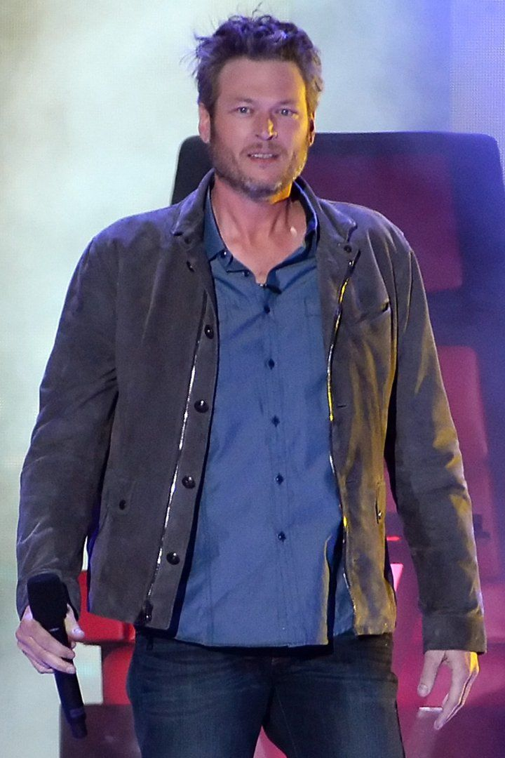 Blake Shelton Opens The Kids Choice Awards With A Star Wars Themed Skit