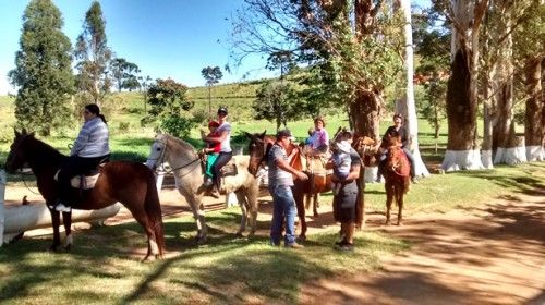 Passeios a cavalo no Hotel Fazenda Santa Rita no interior de SP