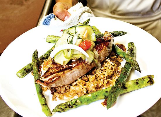 Salt Water Grill in Corolla - Contemporary coastal favorites utilizing locally sourced seafood and produce, all natural beef, pork, and chicken.  High quality real food for real people.