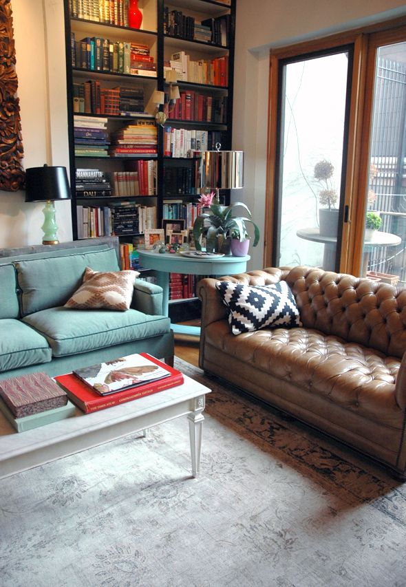The spectacular living space of decorator Jenny Komenda of the little green notebook blog.