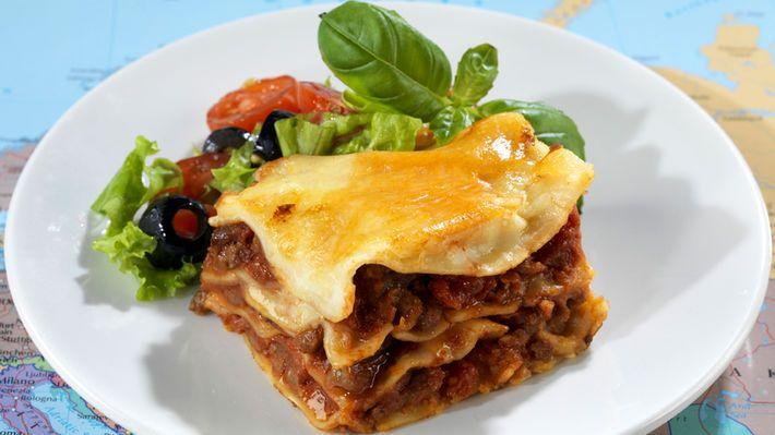 MatPrat - Lasagne  Rask og enkel oppskrift på hjemmelaget lasagne