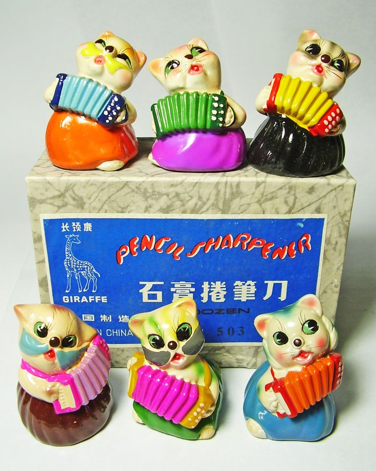 FOR SALE ! 6 cats with accordions VINTAGE Chinese CHALKWARE clay CERAMIC figural PENCIL SHARPENERS ! http://www.ebay.com/sch/mypinkturtle/m.html?_ipg=50&_sop=12&_rdc=1