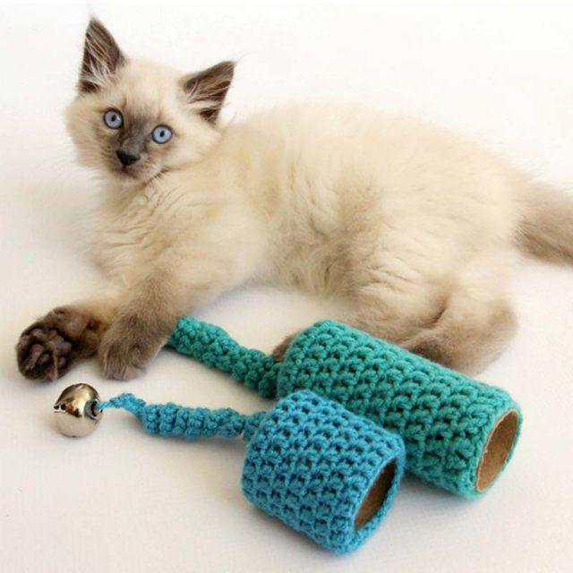 les 25 meilleures id es de la cat gorie jouets pour chats crochets sur pinterest chats en. Black Bedroom Furniture Sets. Home Design Ideas
