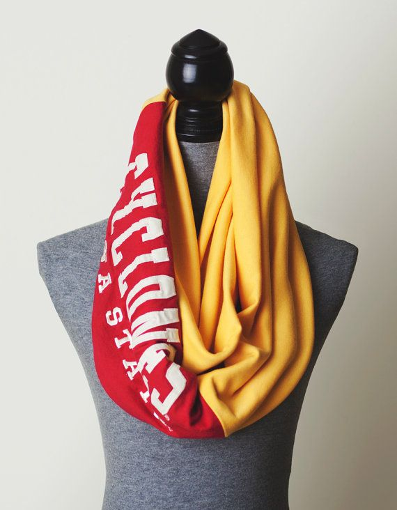 recycle your tees into an infinity scarf!