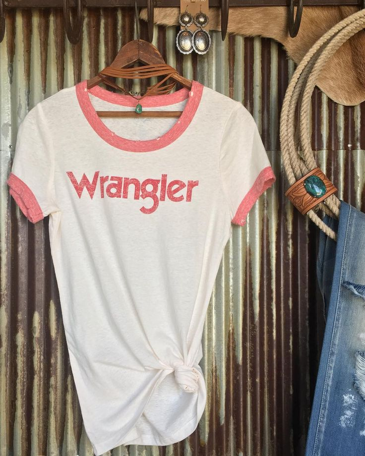 Our vintage Wrangler tees are back ladies!!  #retro #rodeo #love #savannah7s #summerstyle