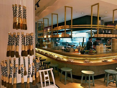 LOTUS, THE GALERIES | Excellent Smart-Casual Dining In The Heart Of The City