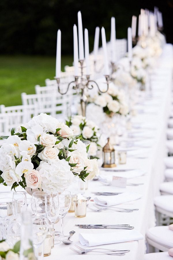 white and green wedding decor | Image by Riv & Rose