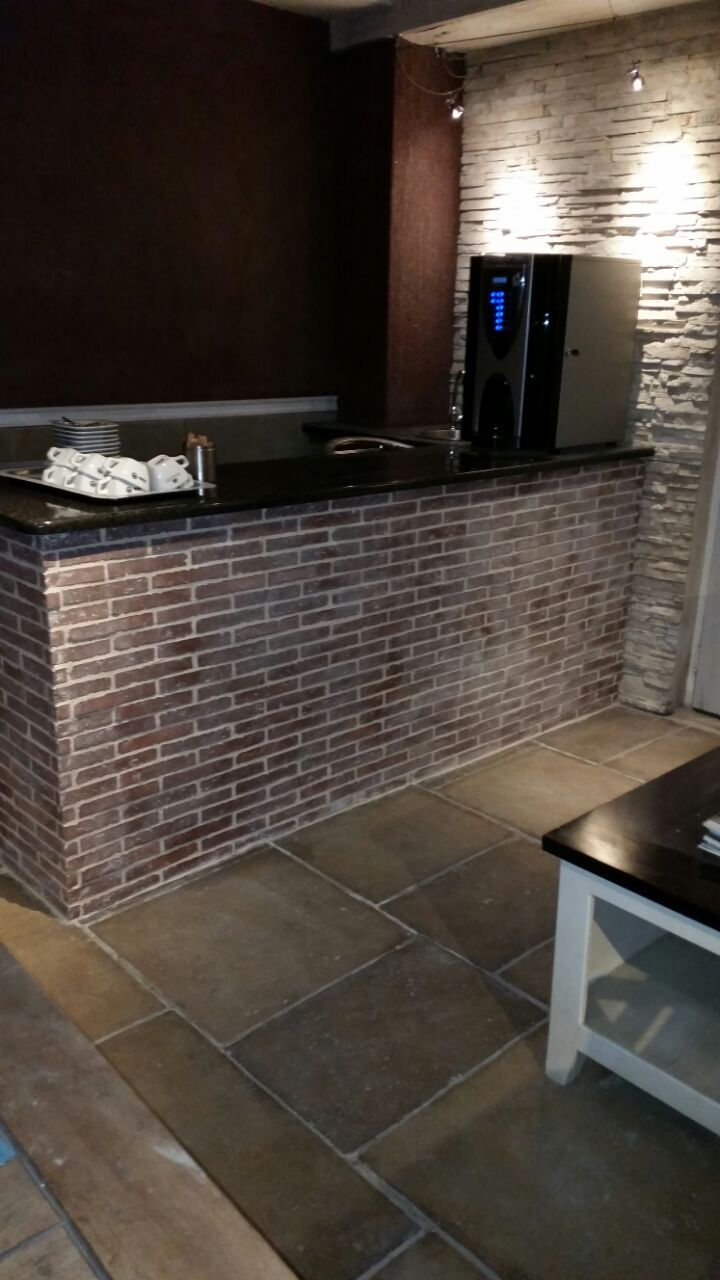 Klompie Cladding - 225x35x30 - Rustic Bluff - ideal for any feature wall, arch, outdoor or indoor patio /braai area. www.revelstone.co.za