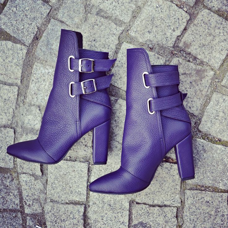 #the5thelementshoes #rosettishowroom #rockthecity #leather #boots #sale #winter