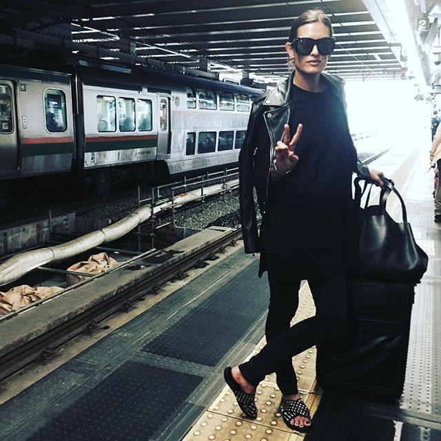 "Malia Jones,"" Waiting for the #shinkanzen Can'wait to shop in Tokyo"", apr.30, 2016"