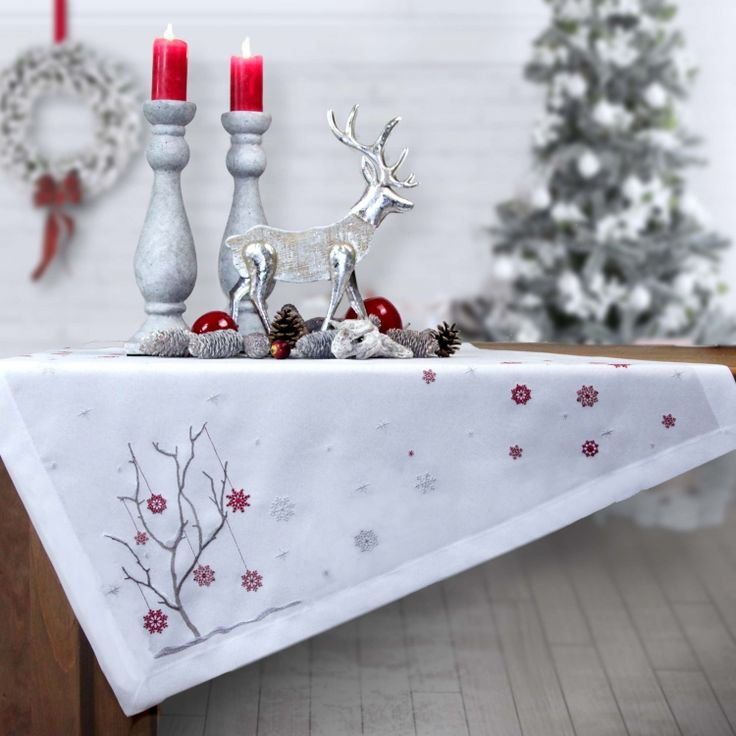 34 best images about tischdecken und deko feste usw on pinterest christmas trees stockholm. Black Bedroom Furniture Sets. Home Design Ideas