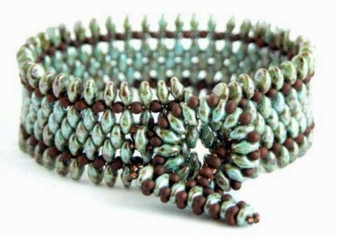 The Beadsmith Blog: FREE Jewelry Project:: Spice Bracelet - SuperDuo and peanut beads  Superduo toggle clasp