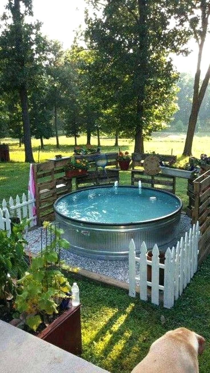 9 inspiring above ground pools for small backyards for Above ground pool decks for small yards