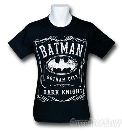 Batman tshirt.. Awesome.. Want it