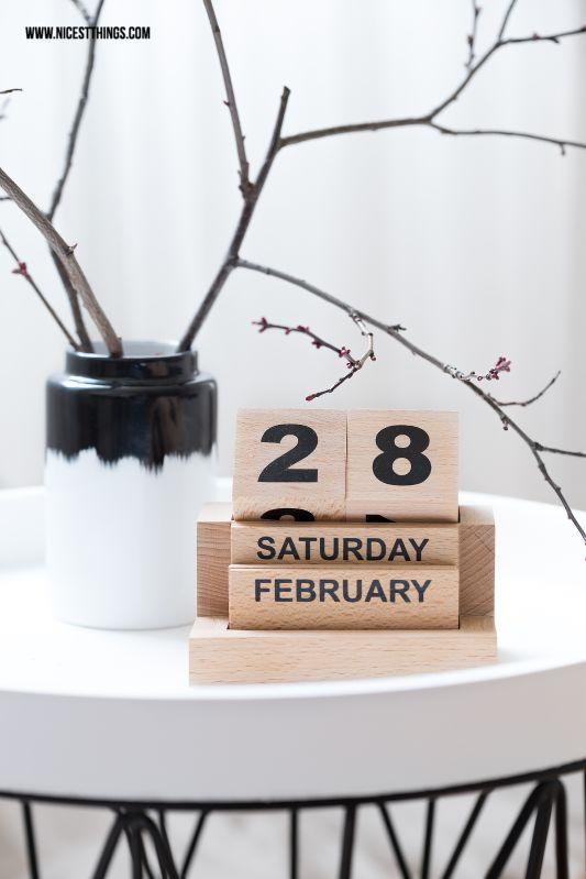 House Doctor Eternity Calendar, Normann Copenhagen Agnes Vase, Ferm Living Wire Basket
