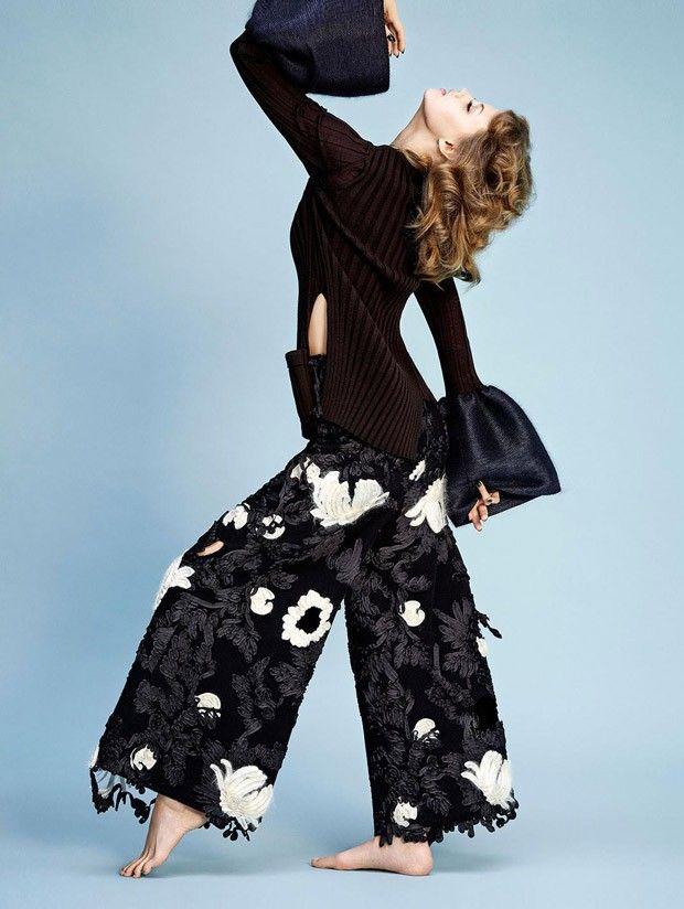 Линдси Виксон (Lindsey Wixson) появилась в Madame Figaro. Красавица позировала фотографу Нико (Nico).