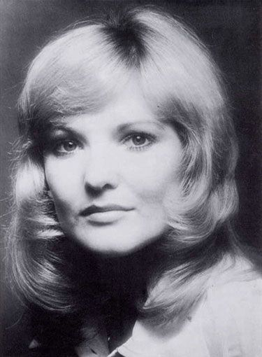 Lynn Paul (February 16, 1949) British singer, o.a. known from the group the New Seekers.