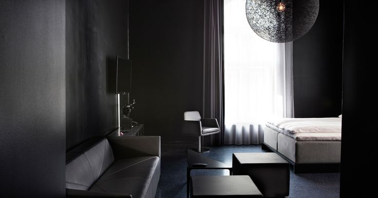 Black Bedroom - Comfort Hotel Grand Central