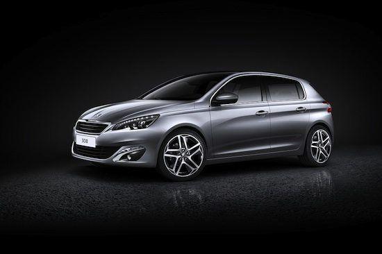 """Peugeot 308 My 2014   Debutto con 5 motori e 12 versioni Al Salone di Francoforte del prossimo settembre debutterà la nuova Peugeot 308 il modello che riprende e """"amplia"""" i principi formali della piccola 208. La 308, infatti, ha subito un complesso trattamento per rendere il..."""