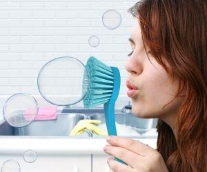 Bubble Scrubber Dish Brush