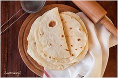 Tortilla przepis. Jak zrobić tortille – krok po kroku.