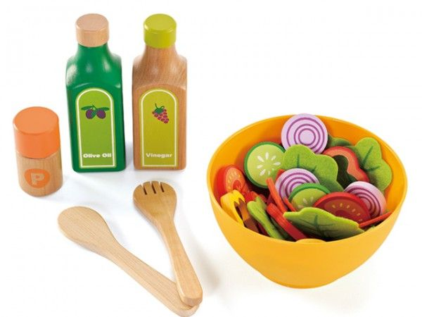 Play salad // Hape Toys are eco-friendly creations