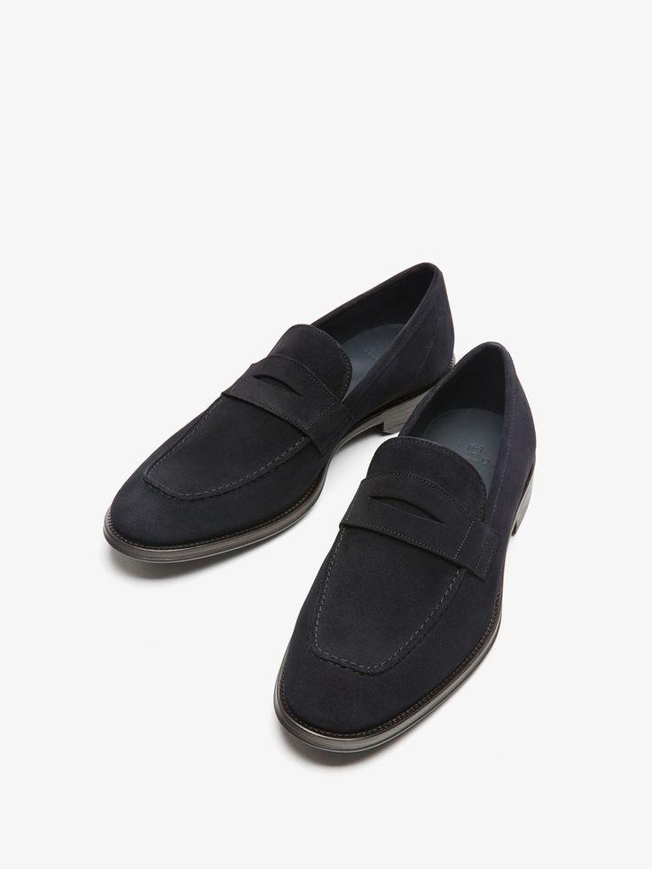 ZAPATO MOCASIN PIEL SERRAJE AZUL de HOMBRE - Zapatos - Ver todo de Massimo Dutti de Otoño Invierno 2017 por 89.95. ¡Elegancia natural!