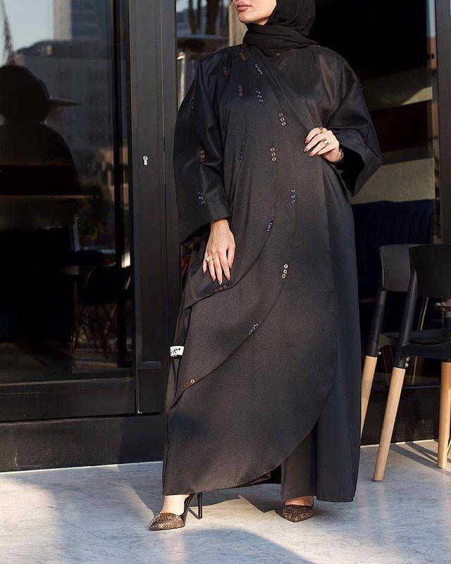Repost Marmora 89 عبايات Meem Faaaa تصوير Rays Photo Subhanabayas Fashionblog Lifestyleblog Beautyblog Fashion Abaya Fashion Insta Fashion