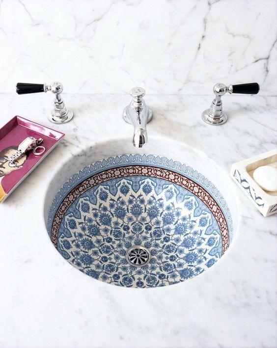 Ein weisses Keramikwaschbecken kann jeder. Dabei s…