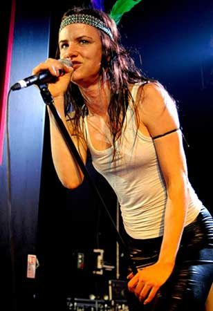 Juliette Lewis and the Licks - takes me back to school/student days