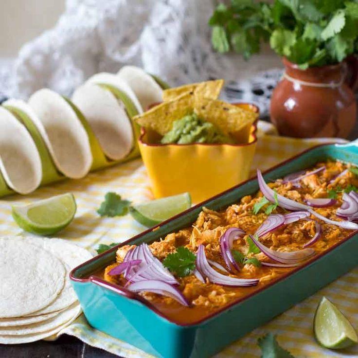 Pollo en achiote. Receta mexicana con Thermomix Cómo nos gusta en casa la cocina mexicana, es una explosión de color y sabor y prueba de ello es la receta de hoy, un pollo en achiote, una receta que t