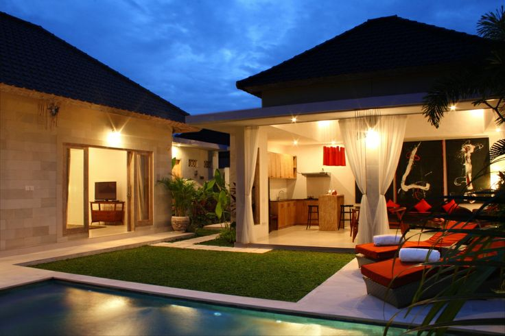 This 2 bedrooms villa is located in Jalan Batu Belig, Seminyak. As you can see this villa is stunning + the price is really best, you can't ask for any better. http://www.brianavilla.com/