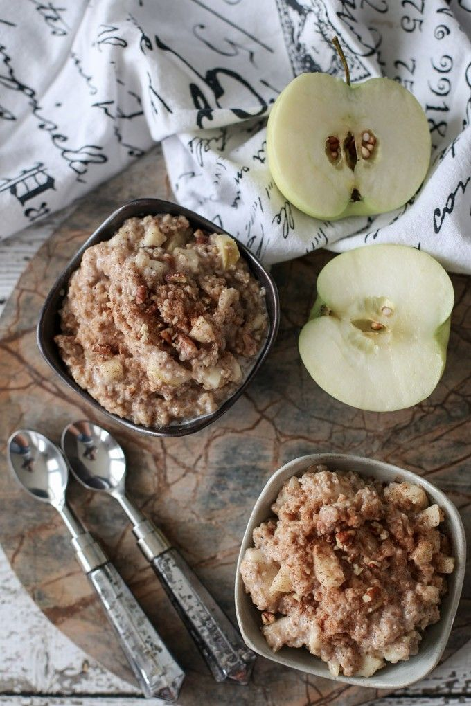 This Apple Pie Oatmeal Is What Fall Intended For Breakfast