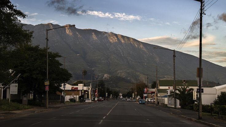 Swellendam main road and surrounding mountains