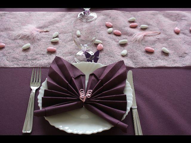 Bijoux de table colorés avec du rose et du gris
