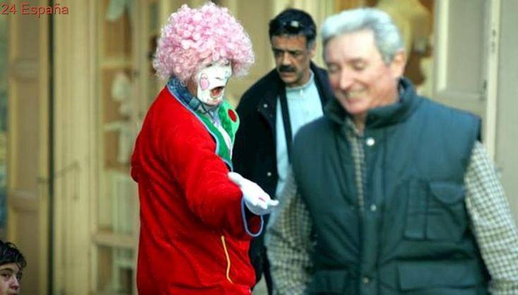 Roba, agrede y escupe a una mujer que hacía de mimo en centro Valencia