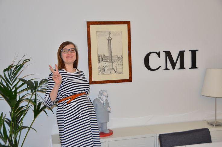 Toiseksi viimeinen haastattelu alkamassa, joten Reija Knuutilalla on jo vähän varaa tuulettaa. CMI:llä tehty haastatteluvideo löytyy täältä: http://www.ymparistokonfliktisovittelu.fi/fi/haastattelut/El-Krekshi