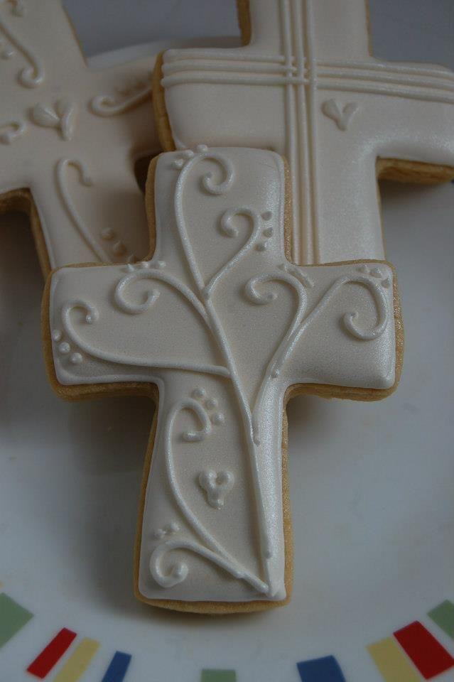Primera Comunión galletas decoradas en forma de cruz