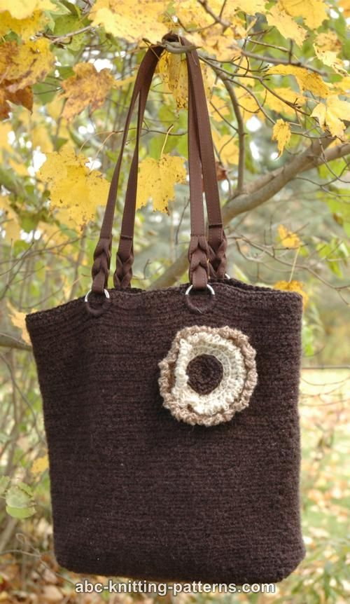 "Free pattern for ""Felted Crochet Purse with 3-Color Flower""!"