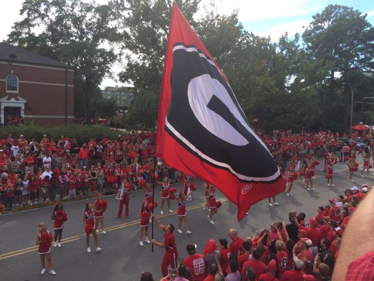 You are bidding on 4 tickets to see the Kickoff classic in the Ga Dome between the Georgia Bulldogs and North Carolina. These tickets are from a Georg... #four #football #tickets #tarheels #carolina #bulldogs #north #georgia