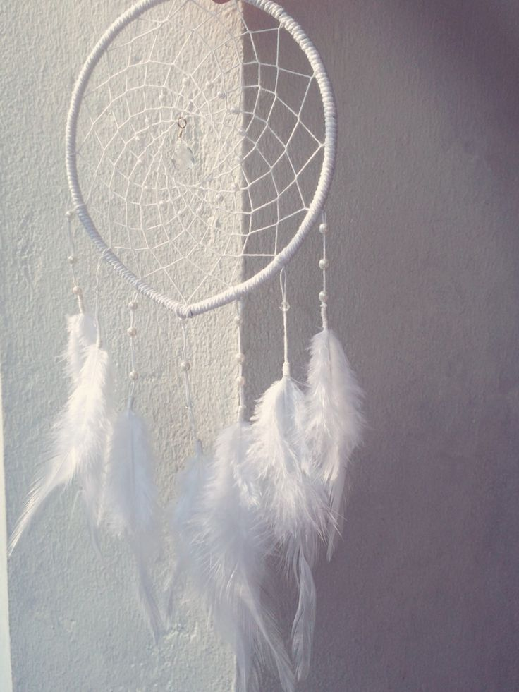 Dream catcher / white / pearl / by So.