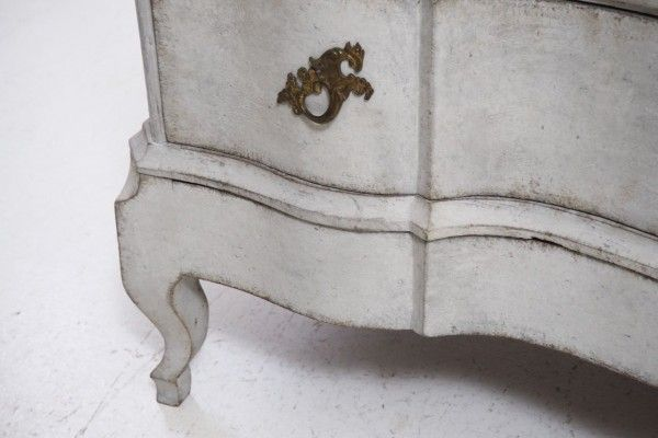 Antique Scandinavian Chest of Drawers, 1750 8
