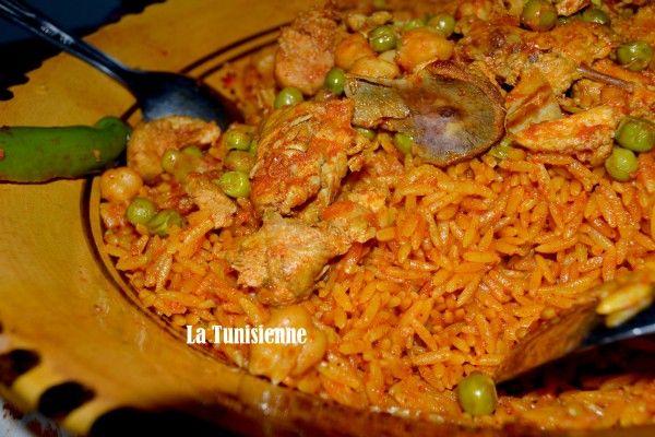 On connait tous la chorba, terme qui désigne les soupes du Maghreb. Elle existe en version classique, avec de la dchicha (grains d'orge concassés) comme la classique chorba tunisienne au mo…