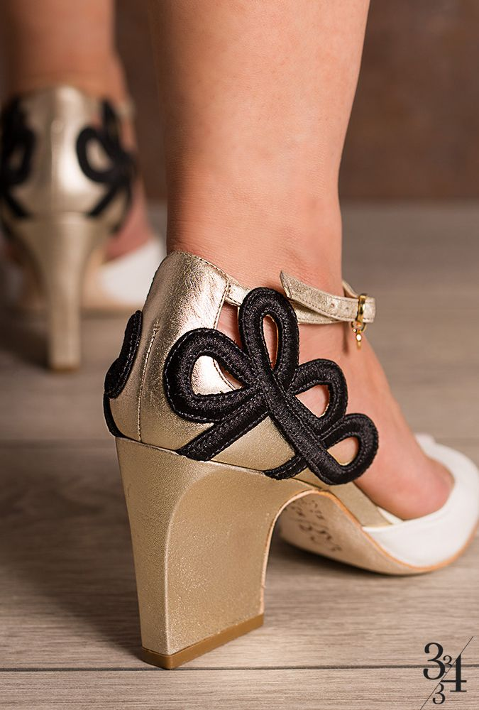 http://www.33e34.com.br/sandalia-vegetal- · VeggiesWhite PeopleBlackShoes Embroidery