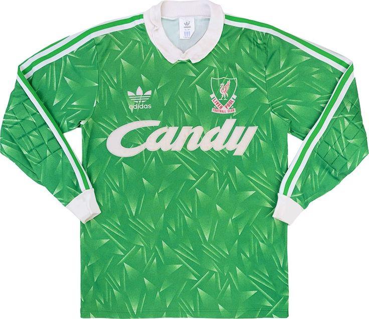 Classic Football Shirts : retro vintage soccer jerseys