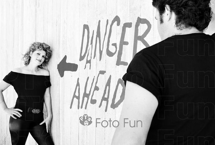 Couple, 80´s style, Danger Ahead